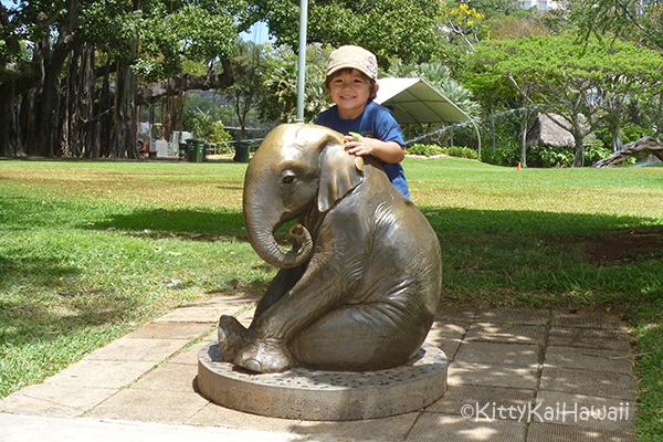 zoo-7yrsago.jpg