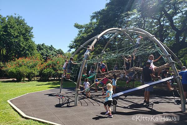 zoo-playground2.jpg